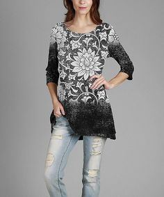 Love this Simply Aster Black & White Floral Round-Neck Three-Quarter Sleeve Tunic by Simply Aster on #zulily! #zulilyfinds