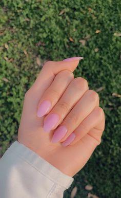 Almond Shaped Soft Pink Nails Powder Nails in Soft Pink/ Short Almond Shaped Almond Nails Pink, Soft Pink Nails, Almond Shape Nails, Almond Acrylic Nails, Simple Acrylic Nails, Summer Acrylic Nails, Best Acrylic Nails, Acrylic Nail Designs, Classy Almond Nails