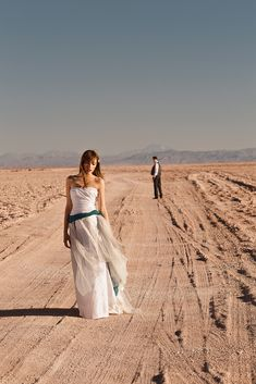 Elope ideas, Elope Dress, Elope Destinations, Elope wedding, Wieslaw, Elope Photography, wedding photographer,  wedding dress, vestidos de novia, ideas vestido de novia, vestido de boda, diseñador, elopement, Atacama desert, Atacama, elope, elopement ideas