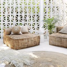 Backyard Oasis Design That Make Your Garden More Wonderfull – Page 19 of 42 - Home & DIY Living Spaces Furniture, Furniture Design, Space Furniture, Ikea Furniture, Luxury Furniture, Outdoor Furniture, Outdoor Spaces, Outdoor Living, Outdoor Decor