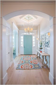 10 Chic Ways to Decorate Your Entryway Wall 1