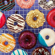 One bite into these heavenly warm donuts will have you wondering why you haven't made this Best Donuts recipe sooner! Enjoy theses homemade, easy donuts for breakfast or dessert. Cake Mix Doughnuts, Baked Doughnuts, Doughnut Cake, New Dessert Recipe, Dessert Recipes, Pastry Recipes, Delicious Donuts, Delicious Desserts, Best Donut Recipe
