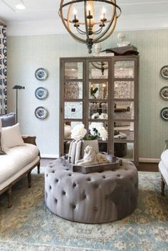 18 Charming French Country Decorating Ideas with Timeless Appeal French Country Living Room, Living Room Decor, Ottoman, Explore, Chair, Awesome, Furniture, Home Decor, Drawing Room Decoration