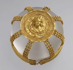 Openwork hairnet with medallion, Hellenistic, 200–150 b.c. Greek, Ptolemaic Gold