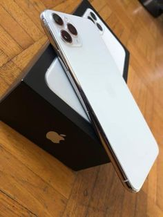Chance To Get a iPhone 11 Pro To This Holiday For Free. - The Best iPhone, Samsung, ios and android Wallpapers & Backgrounds Apple Iphone, Iphone 5c, Best Iphone, Coque Iphone, Iphone Cases, Iphone 8 Plus, Apple Inc, Airpods Apple, Apple Case