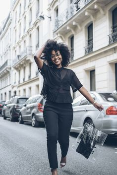 musesuniform | afro. curly hair. natural hair. kinkky curly hair. style. fashion.