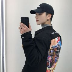 Find images and videos about style, korean and asian on We Heart It - the app to get lost in what you love. Korean Fashion Trends, Korea Fashion, Asian Fashion, Boy Fashion, Korean Boys Ulzzang, Ulzzang Boy, Korean Girl, Cute Korean, Korean Men