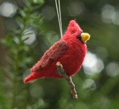 needle felting bird - would be pretty nestled in a Christmas tree.