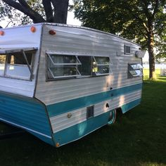 Vintage Camper Trailers For Sale - 1971 Shasta Lo Flyte For Sale in Cadillac, Michigan