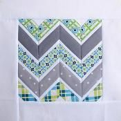 Free Quilting Pattern Friday: Chevron Quilt Pattern & More (paper piecing) Chevron Quilt Pattern, Quilt Block Patterns, Pattern Blocks, Quilt Blocks, Free Paper Piecing Patterns, Quilting Stitch Patterns, Star Quilts, Easy Quilts, Canvas Patterns