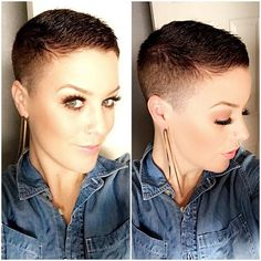 How to style the Pixie cut? Despite what we think of short cuts , it is possible to play with his hair and to style his Pixie cut as he pleases. Very Short Hair, Short Hair Cuts, Pixie Cuts, Buzzed Hair, Pelo Pixie, Ombré Hair, Hair Dye, Short Pixie Haircuts, Really Short Haircuts