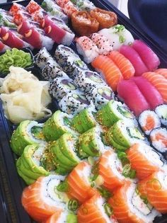 Immagine di sushi, food, and yummy Sushi Recipes, Asian Recipes, Ramen Comida, Healthy Snacks, Healthy Recipes, Diet Recipes, Cooking Recipes, Healthy Life, Healthy Eating