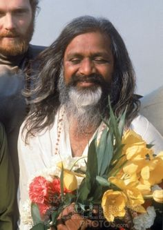 maharishi mahesh yogi amherst ma   gefunden zu Mahesh Maharishi Yogi auf http://celebrarty.com. you reincarnate to be close to the deepest experience or memory in chit..came to Amherst MA when I was young teen ...20 miles as crow flies