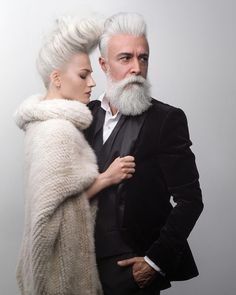 Meet Alessandro Manfredini, a 47 year old italian model. If you're looking age gracefully then making sure your beard care routine is on point will definitely help. Costume Noir, Grey Beards, Modelos Fashion, Men With Grey Hair, White Hair Men, Advanced Style, Ageless Beauty, Beard No Mustache, Beard Care