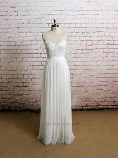 Sexy Open Back Bateau Neckline Lace Wedding Dress