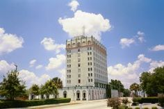 Lake Wales, Florida Hotel Grand.  A remnant of the 1920s real estate boom.