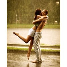 kissing in the rain | Tumblr ❤ liked on Polyvore featuring couples, pictures, people, backgrounds and models