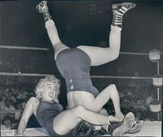 vintage everyday: Vintage Female Wrestling – 27 Amazing Photos Show Women Fighting in the Ring in the Past