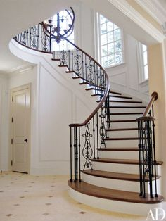 Russell Groves Gives a North Carolina House a Stylish Makeover : Architectural Digest Stair Railing Design, Home Stairs Design, Interior Stairs, Modern House Design, Home Interior Design, Luxury Staircase, House Staircase, Curved Staircase, Staircases