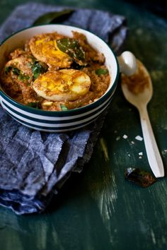 A quick creamy egg curry with coconut, fresh curry leaves and fried hard-boiled eggs. Use almond flour instead of all purpose Veg Recipes, Curry Recipes, Asian Recipes, Vegetarian Recipes, Cooking Recipes, Healthy Recipes, Ethnic Recipes, Egg Recipes Indian, Indian Dishes