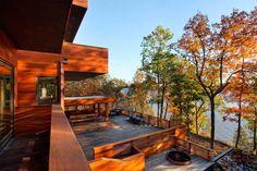 Современный загородный дом из роскошного дерева от Foz Design / CURATED.ru
