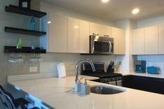 Luxury Building with Manhattan View - vacation rental in Jersey City, New Jersey. View more: #JerseyCityNewJerseyVacationRentals
