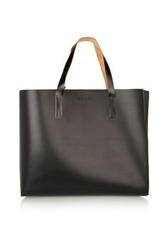 Love this large Marni tote for my #NYFW essentials