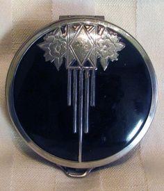 Vintage 1930s Art Deco Powder Compact Mirror Enamel Leather Bottom.
