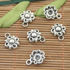 25pcs dark silver tone flower charms h3026