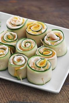 From school lunches to an office snack, these low carb, Organic Cucumber Turkey Roll-ups are an easy and delicious protein-packed snack. I will have to try minus the Ranch, I hate ranch. Appetizer Recipes, Snack Recipes, Cooking Recipes, Appetizers, Protein Packed Snacks, Healthy Snacks, Cucumber Roll Ups, Cucumber Sandwiches, Turkey Roll Ups