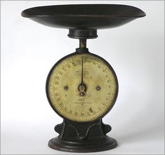 Vintage kitchen scale: Salter's Improved Family Scale No. 50, c. 1900