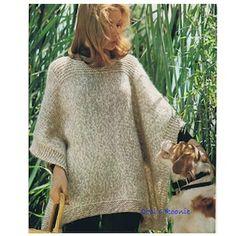 Poncho Knitting Patterns, Knitting Blogs, Knit Patterns, Beginner Knitting, Knitting Sweaters, Knitted Cape, Knitted Poncho, Hooded Poncho, Poncho Pullover