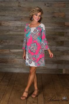 Isabella Tunic/Dress is GF classic styling! Rounded elastic neckline, can be worn on or off the shoulders, ruffle bell sleeve, easy fit bodice. Mature Fashion, Over 50 Womens Fashion, Fashion Over 50, Plus Size Fashion, Casual Dresses, Casual Outfits, Fashion Outfits, Tunic Dresses, Glamour Farms