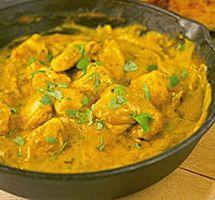 Κοτόπουλο με κάρυ και κάσιους (συνταγή Άκη Πετρετζίκη) #κοτόπουλο #κάρυ