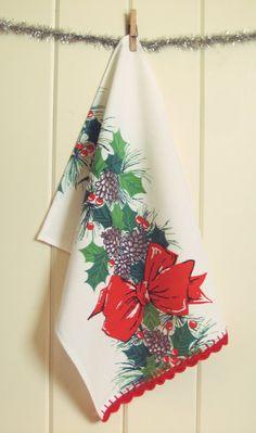 vintage christmas bow tea towel by vintagegreyhandmade on Etsy