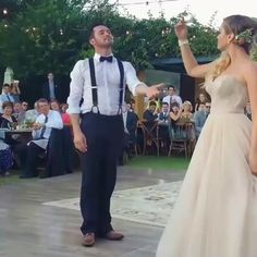 Love isn't the only magic at this wedding! 👰... . . Credit to @fisheyestudio for capturing this! . . . . . .  #gelinlik #engagement #weddingplanning #weddingphotography #bridetobe #casamento #bride #bridetobe #weddingday #noiva #weddinggown #weddingdress #weddingideas #together #celebration #weddinginspo #weddings #groom #weddingplanner #weddingdress #groom #weddingday #marriage #weddingideas #weddinginspiration #bride #weddingphotography #vestidodenoiva #weddingparty #romance