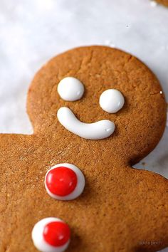 Gingerbread cookies are a favorite Christmas cookie recipe and this gingerbread will become a favorite with a few special additions. Makes 36 gingerbread cookies Ginger Bread Cookies Recipe, Cookie Recipes, Dessert Recipes, Dessert Ideas, Christmas Sweets, Christmas Goodies, Christmas Holidays, Christmas Ideas, Christmas Decorations