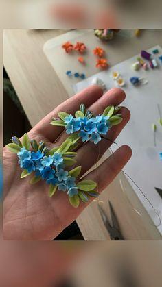 Polymer Clay Flowers, Polymer Clay Crafts, Diy Clay, Resin Crafts, Polymer Clay Earrings, Diy Shrink Plastic Jewelry, Fabric Flowers, Fondant Flowers, Pinterest Diy Crafts