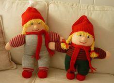 Nisseopskrifter Christmas Stockings, Christmas Tree, Gnomes, Elf, Free Pattern, Knit Crochet, Ornaments, Knitting, Holiday Decor