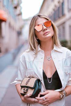 c936a125b0e88  ThássiaemMilão  Look Midi. Óculos De Sol Feminino EspelhadoOculos ...