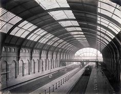 High Street Kensington, 1868 Victorian Photos Of The London Underground Being Built Victorian London, Victorian Photos, Vintage London, Old London, Victorian Era, London Pride, London Underground Train, Underground Tube, Old Pictures