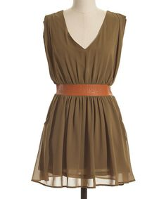 Fashionably+fresh+with+a+splash+of+free-spirited+flair,+this+pretty+piece+makes+a+seriously+stylish+statement+thanks+to+its+flattering+A-line+silhouette+and+contoured+waist.