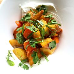 Dive into an earthy small plate at Brooklyn Winery's Williamsburg wine bar. Our Roasted Tri-Color Carrots offer up a zesty, clean bite complimented by Orange-Harissa Reduction and Greek Yogurt.