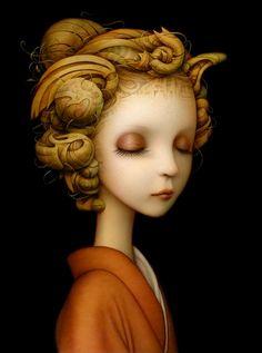 Siempre sería una niña tímida que se sentía a gusto en su soledad montaraz.  (I.Némirovsky)