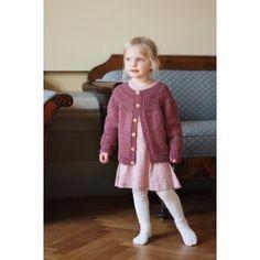 Scotty sweater - Petiteknit - opskrift på papir - PetiteKnit opskrifter - Tante Hanne Knitting, Sewing, Sweaters, Fashion, Ribe, Blouses, Moda, Dressmaking, Tricot