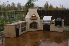 I want this outdoor kitchen!!!!!!