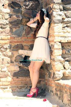 ¿Habéis visto el look de hoy con @MARYPAZ Shoes? ¿qué os parece? (: http://www.heelsandroses.com #shoelover #fashionblogger pic.twitter.com/LYkAM5ebU5