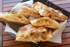 Cumino e Cardamomo: Pizza bianca con licoli (prefermento 10-12 ore)