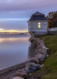 Another beautiful shot of Hvervenbukta in Oslo Norway Norway Viking, Norway Oslo, Oslo Airport, Places To Travel, Places To Visit, Beautiful Norway, Visit Norway, Visit Oslo, Beautiful Places