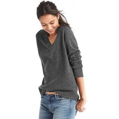Gap Women Wool Cashmere Blend V Neck Sweater ($50) ❤ liked on Polyvore featuring tops, sweaters, charcoal heather, regular, wool v neck sweater, v neck sweater, long sleeve v neck top, gap sweaters and long sleeve sweater